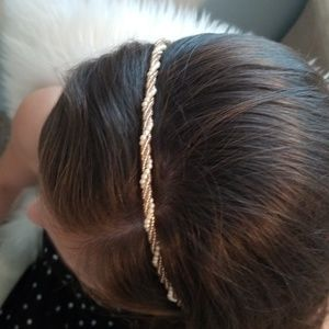unknown Accessories - Beaded hair band!